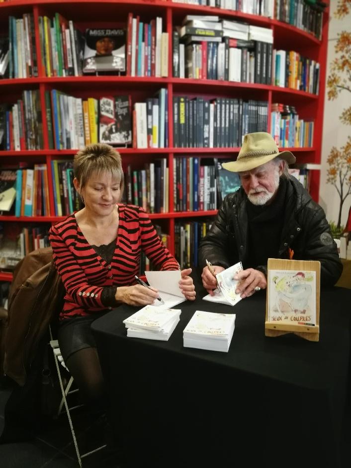 """Sylvie Callet John Gillham artiste plasticien Librairie des Marais Villefranche signature """"Jeux de couples"""""""